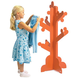 clothes tree