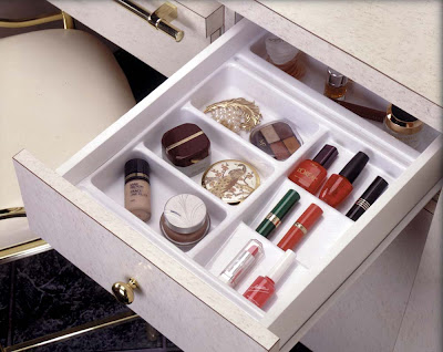 cosmetics drawer organizer