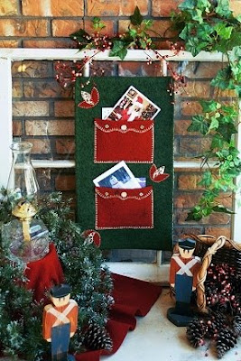 holiday card display wall hanging