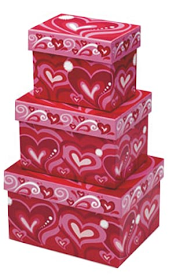 valentine gift boxes with hearts