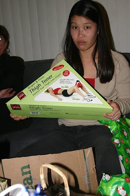 white elephant gift - thigh toner