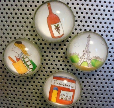 French-themed magnets