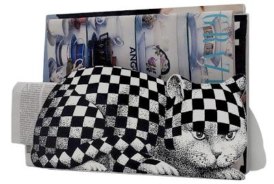 cat magazine rack