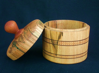 round wood box from sweet gum