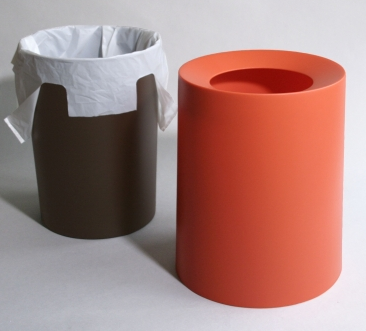 wastebasket with inner basket and cover