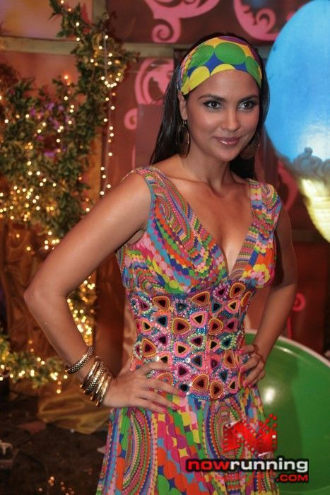 lara dutta wallpapers. Bollywood Actress Lara Dutta