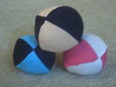 çeşitli his ve ebatlarda jonglör topları, ekipman ve malzemeleri satışı