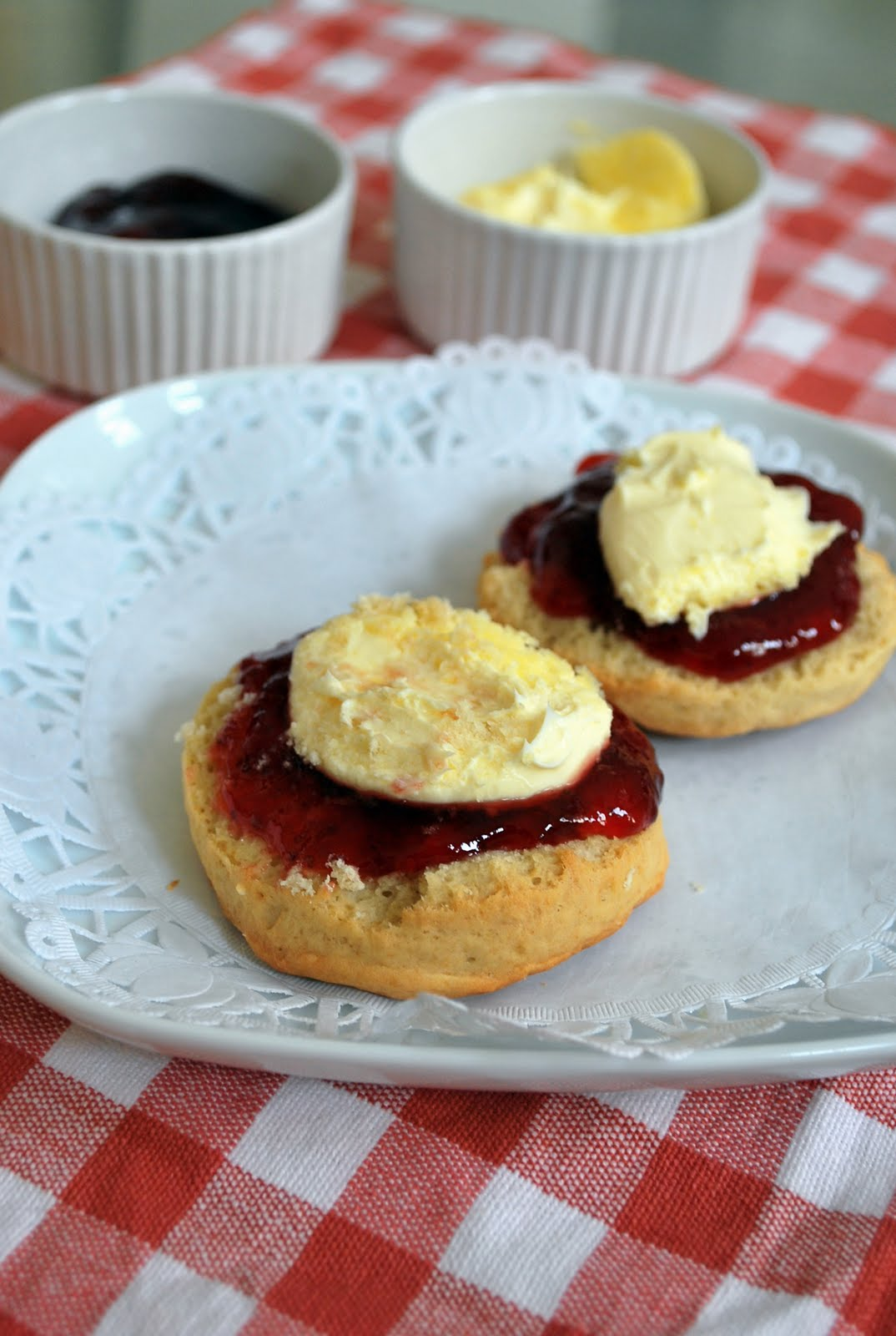 Yummy Indulgences: Elaine Bakes: Extra Special English Scones