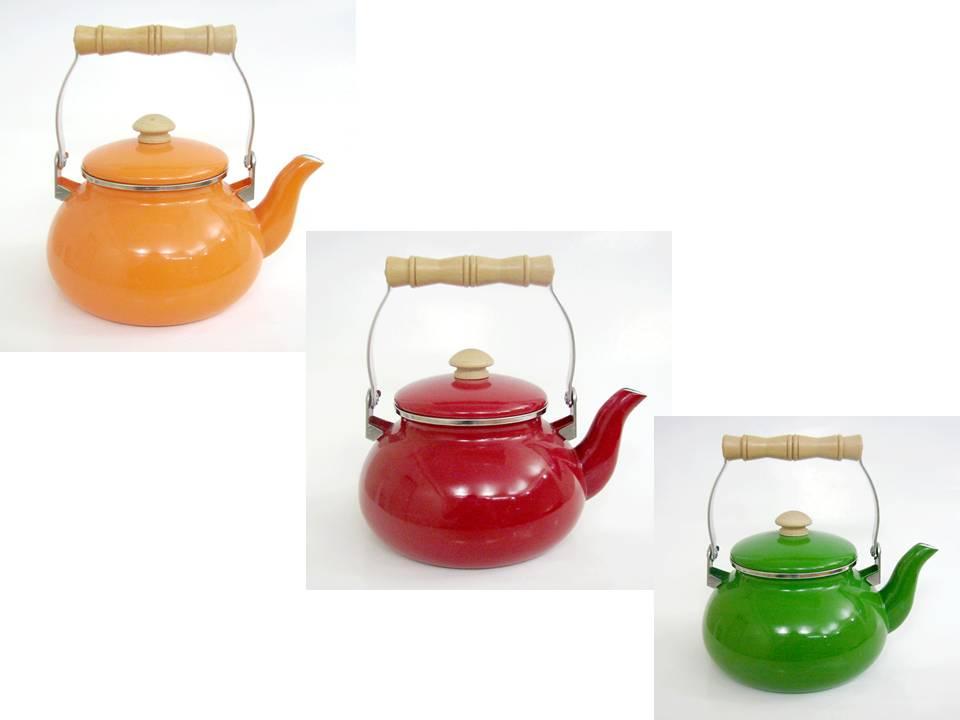 Productos de cocina pavas de lisas de varios colores y 2 for Productos para cocina