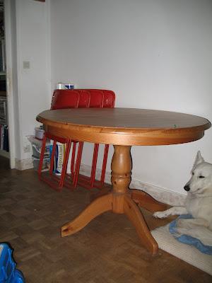 Meubles a vendre tous petits prix 1 table ronde ikea for Vendre des meubles ikea