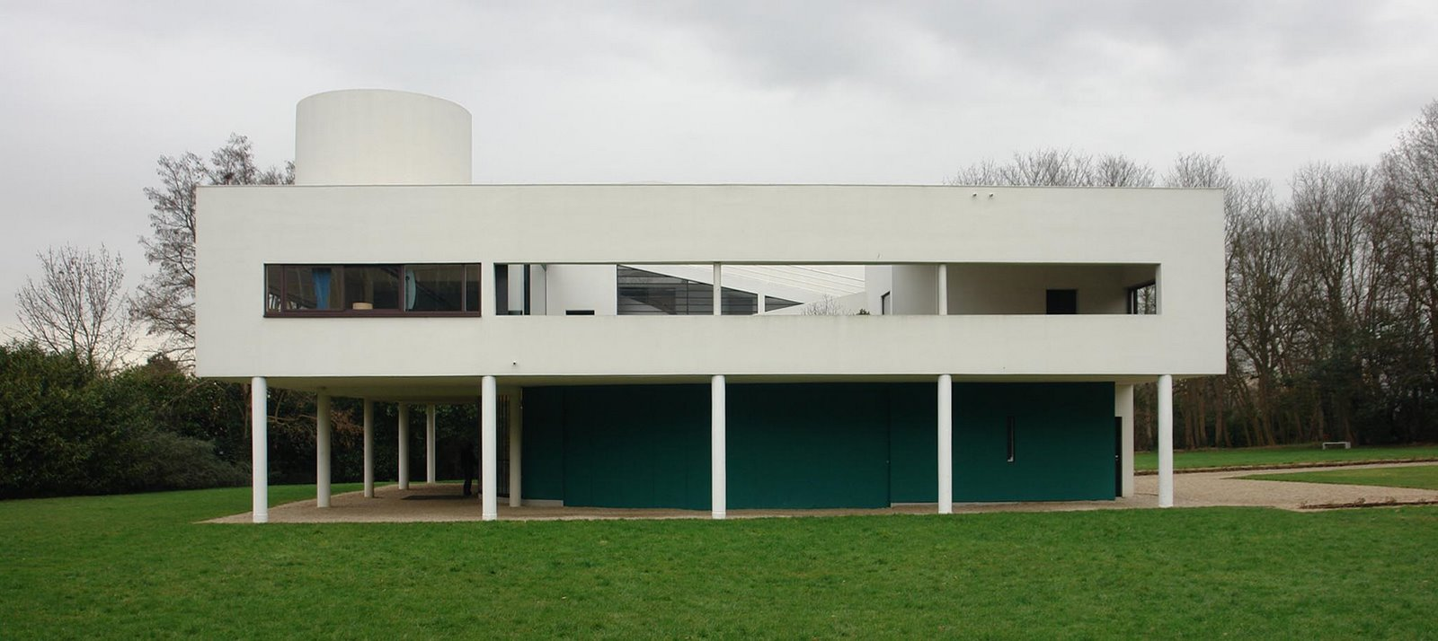 Villa Savoye : Le Corbusier Case Study 2 | International style ...
