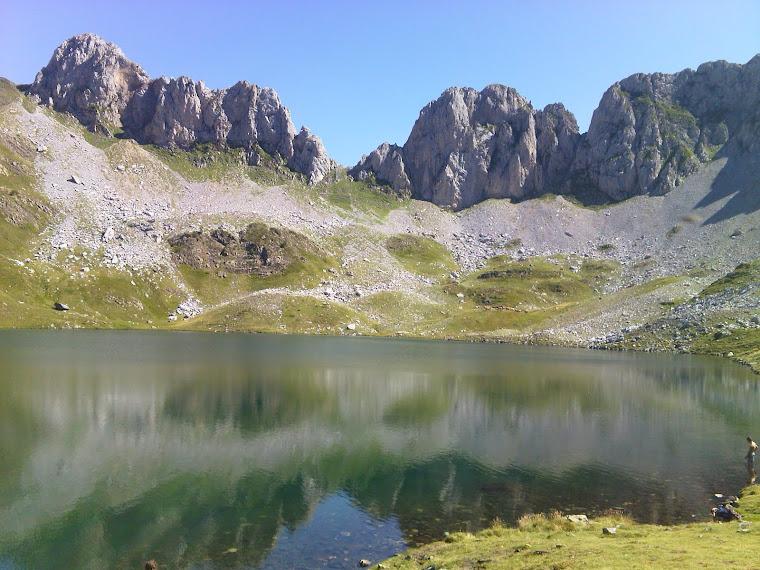 Ibón de Acherito. Pirineo de Huesca.