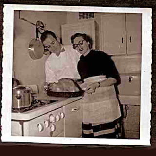 Ben & Marion Shuman - Sioux City Iowa - Thanksgiving 1950's