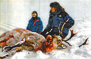 Sarah Palin shoots a caribou