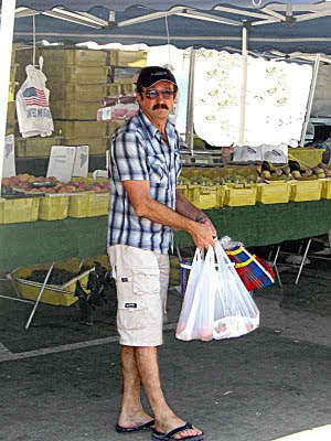 Vasily Radachevsky at Pasadena Farmers Market Sept 2009