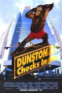 Dunston  Checks In - Hindi Dubbed Movie Watch Online