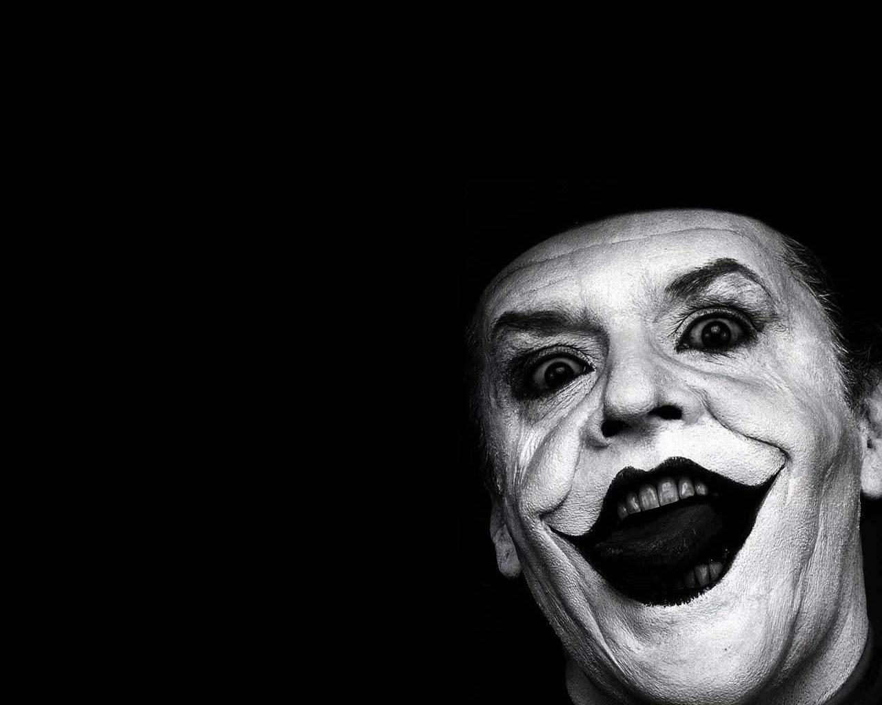 Joker say's ' Happy Halloween ! '