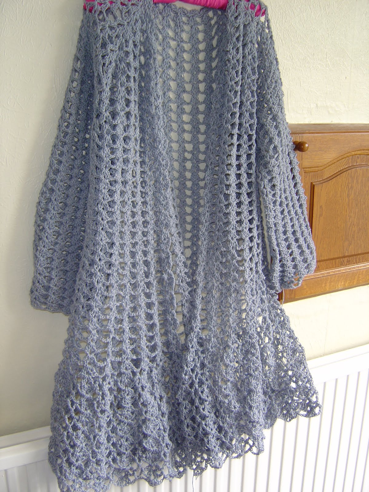 Duster Jacket Knitting Pattern : Enthusiastic crochetoholic: Progressing Slowly But Surely