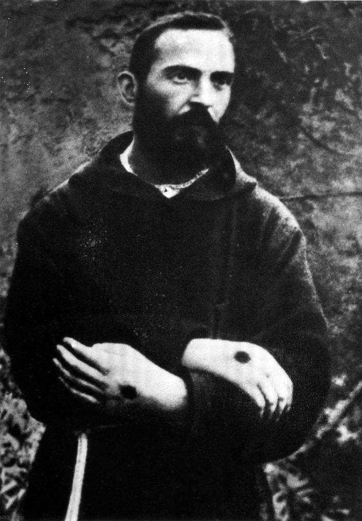San Pio grande devoto di Gemma stigmatizzato e giovanissimo