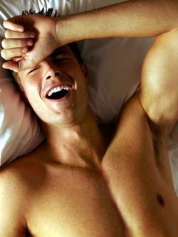 http://2.bp.blogspot.com/_tnnEuwy2Xs8/TTgw7llmryI/AAAAAAAAAVs/JUCMAwZ7gJo/s1600/mastrubasi+lelaki.jpg