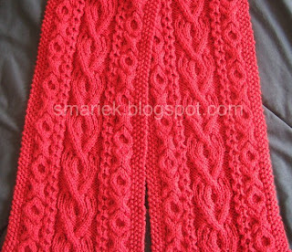 Easy Cable Knit Scarf Pattern Free : St. Albans Valentine Cable Scarf ~ smariek knits