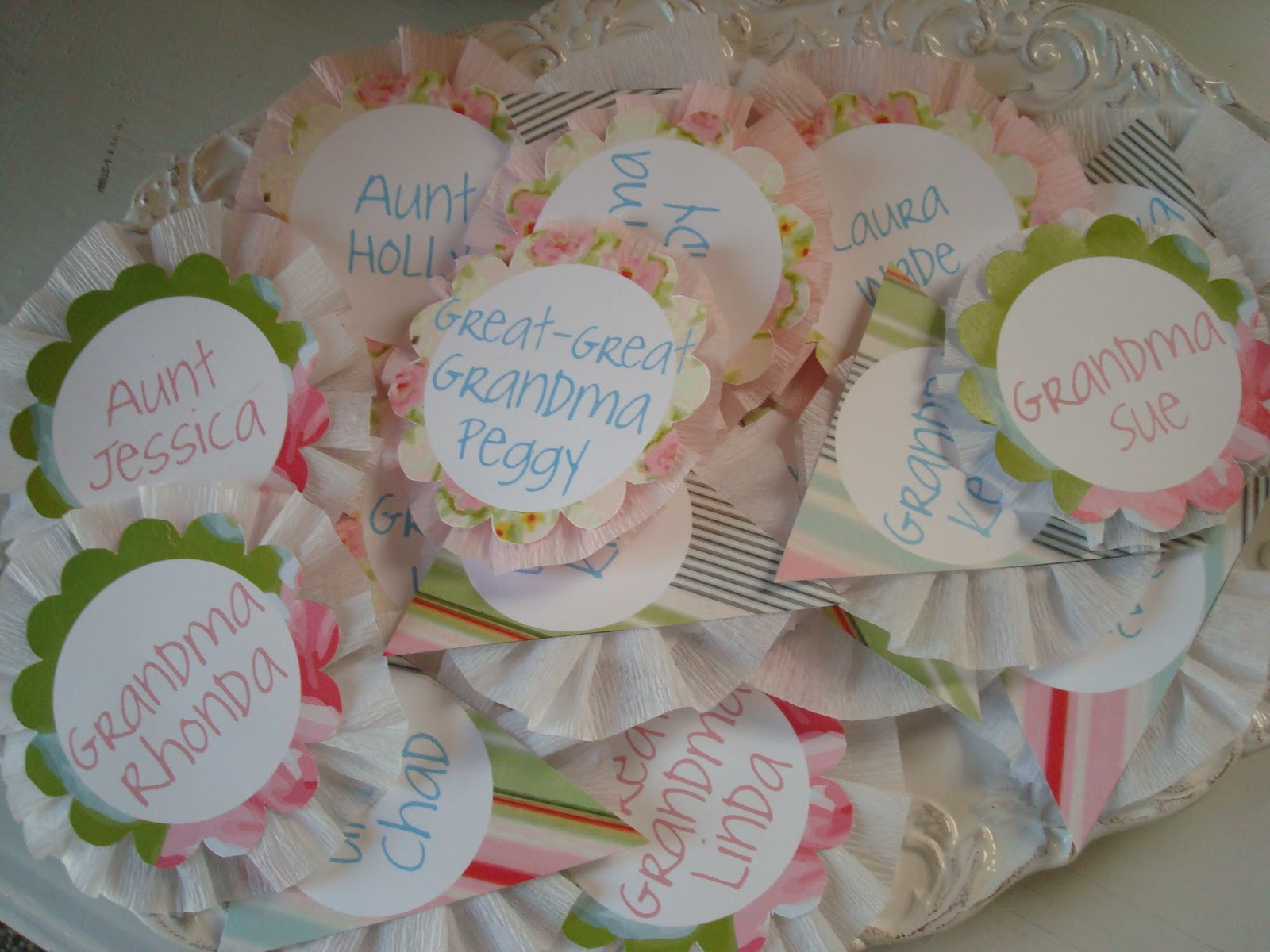 how to make name tags for baby shower guests