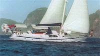Charter yacht MAKAYABELLA in the Grenadines - Contact ParadiseConnections.com
