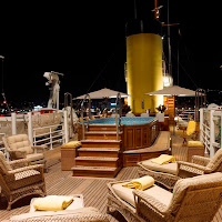 SS DELPHINE - Jacuzzi - Contact ParadiseConnections.com