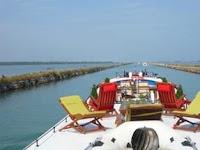 French Hotel Barge Alegria