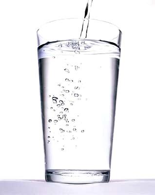 dia tiene vida persona sin beber agua: