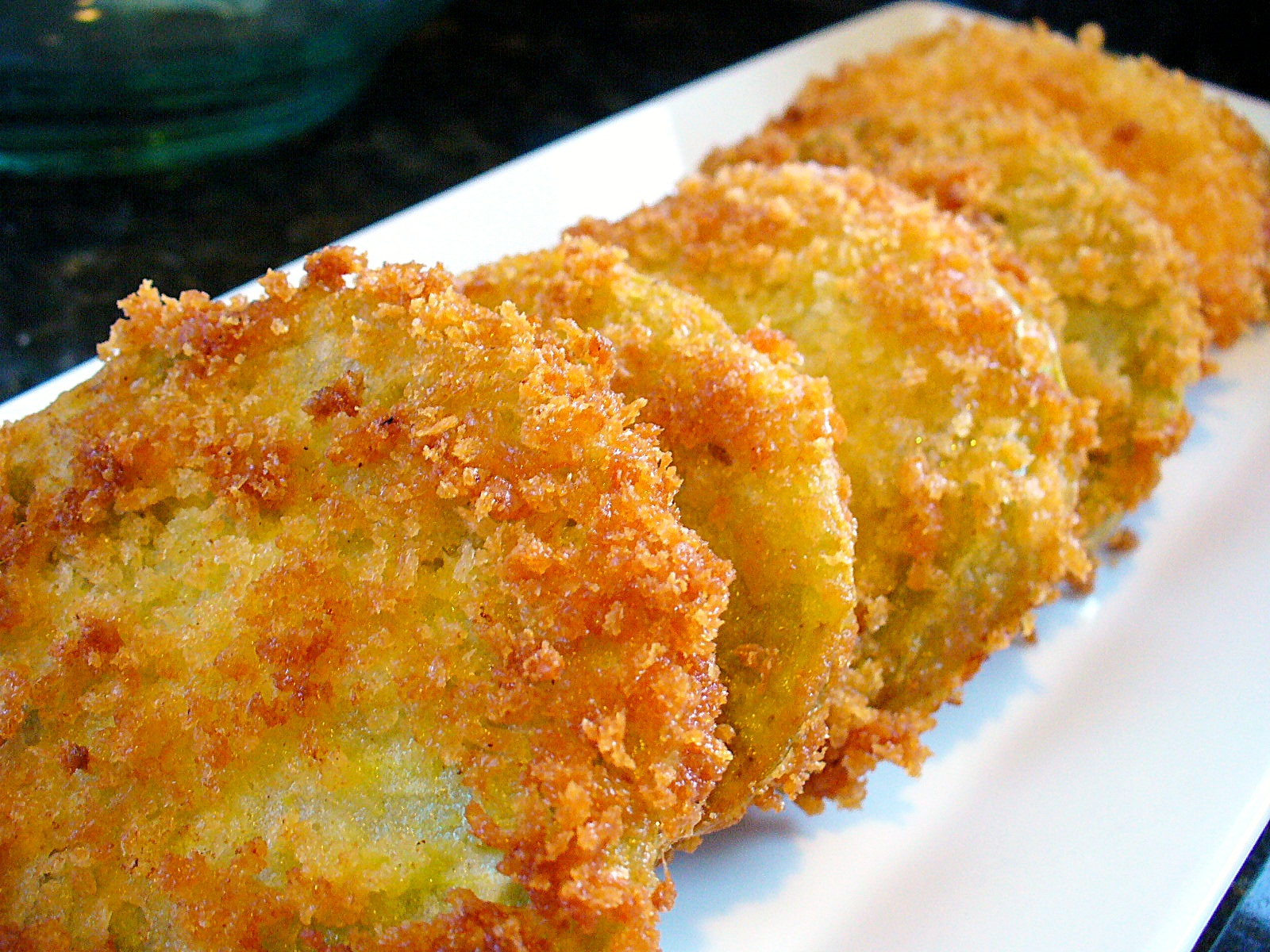 The Lonely Baker: Fried Green Tomatoes