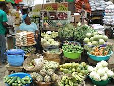 Marktfrau  in Kumasi/Ghana