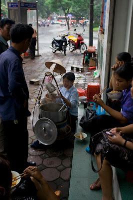 puestos de comida en la calle