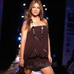 Hot & Beautifull Lara Dutta