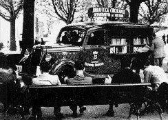 Curiosidade: 1º Carro-Biblioteca, em 1936.