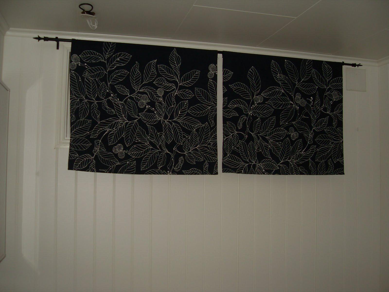cizza s hobbyblogg gardiner til boden i kjellern. Black Bedroom Furniture Sets. Home Design Ideas