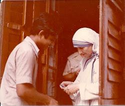 Mother Teresa, 1977