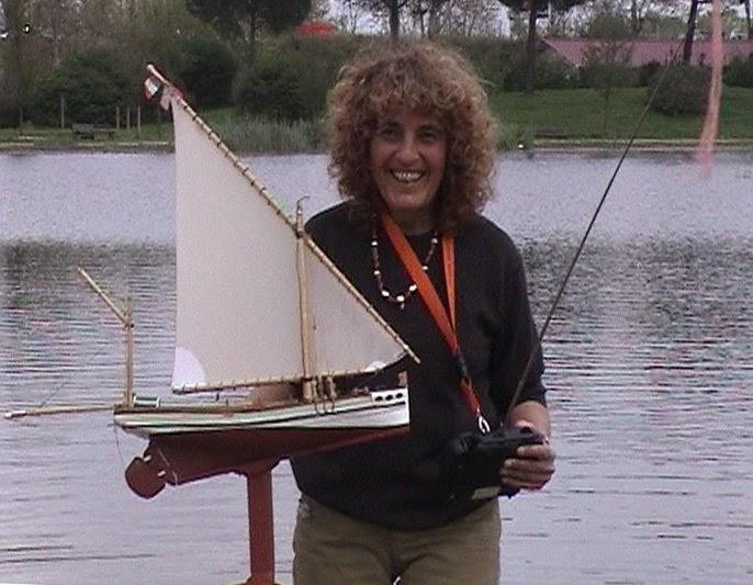 Modellismo navale rc model boats barca da pesca a vela for Barchetta da pesca
