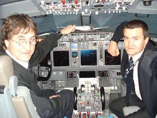 Toda la aviacion malvinas argentinas ultimo vuelo en for Oficinas air europa madrid