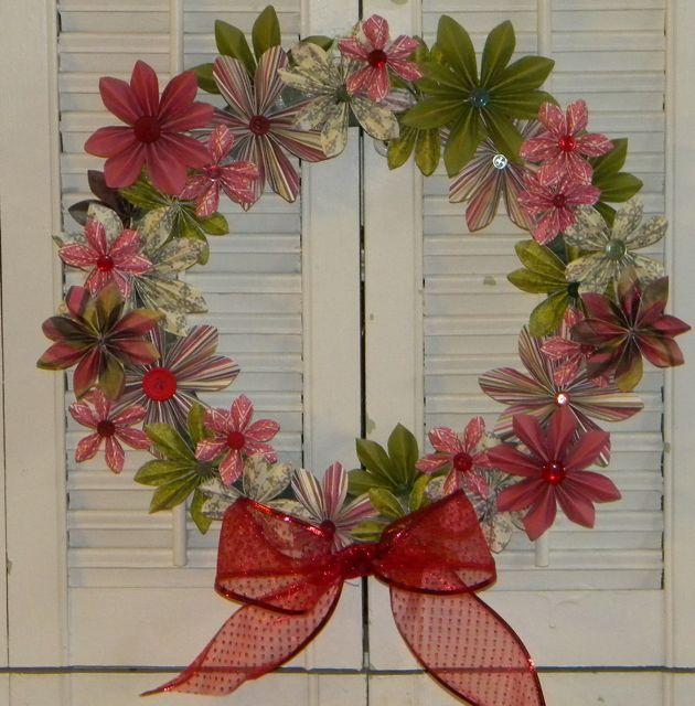 Paper+flower+wreath