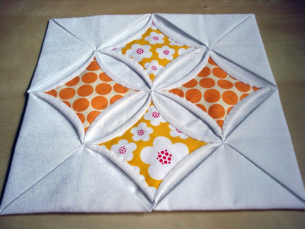 Patchworkdelights cathedral windows tutorial for Window quilt