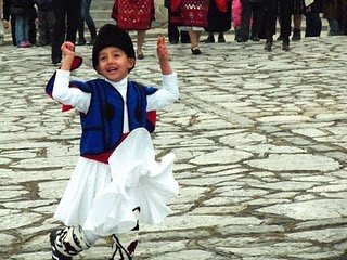 Танцующий мальчик