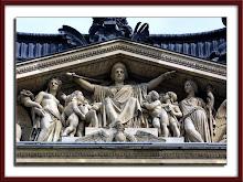 Louvre - Detalhe do edifício