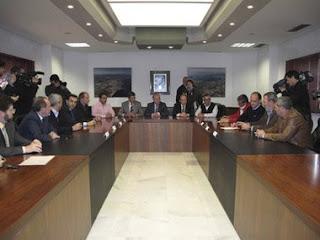 después de la firma del nuevo Convenio, esperaba que juntos estuviéramos preparados para enfrentarnos a la competitividad y luchar con fuerza por mantener los volúmenes en Algeciras
