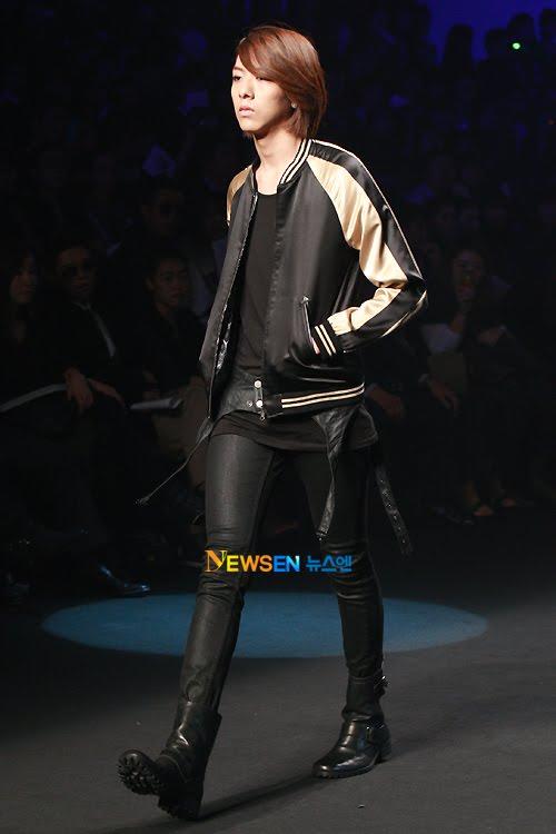 Lee Jeong Shin Seoul Fashion Week ! ♥ 2010102214154910011i