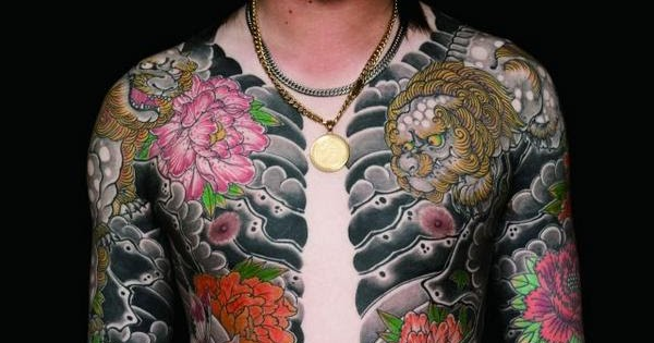 Yakuza Full Body Tattoo ILUVTOFU Tattoo Collec...