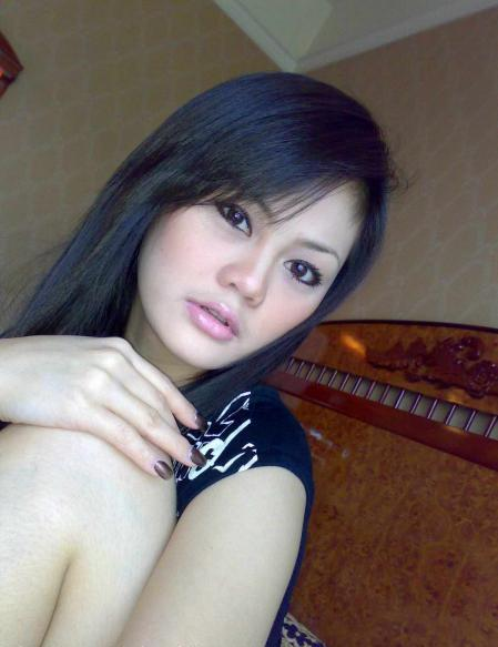 kumpulan foto Tante-Tante Girang Indonesia | Part II qmvANpbiP_s