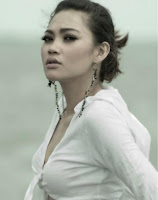 http://2.bp.blogspot.com/_u2E-MoGOjw0/SVH5aqN42zI/AAAAAAAADyE/7HBGix69wP0/s200/gadis+seksi+sexy+cantik+2.jpg