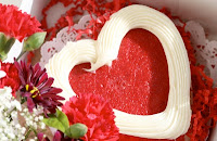 Valentines Day Heart Shape Cake Wallpaper