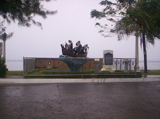 nuns of St. Paul statue in Dumaguete City